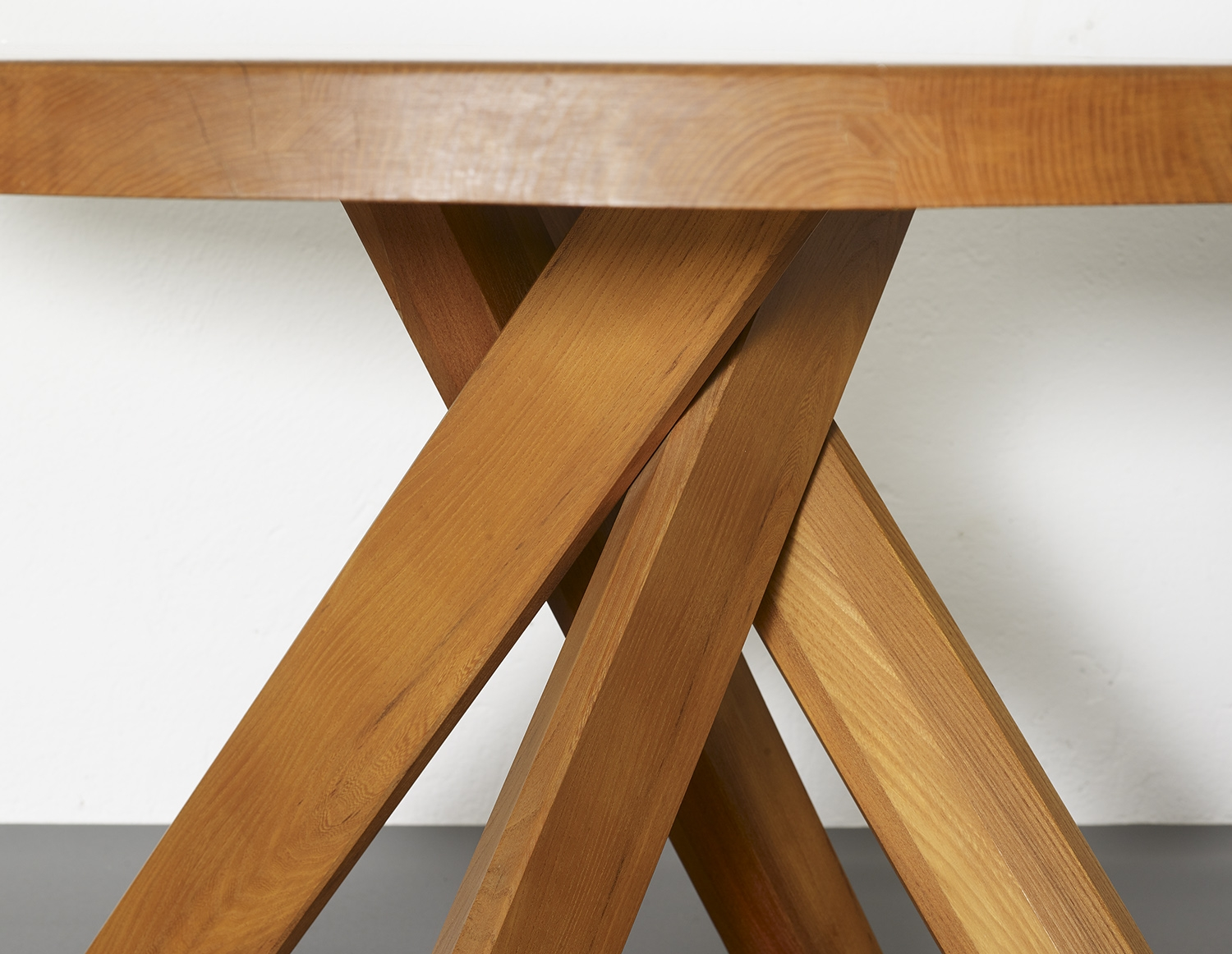t21c-dining-table-by-pierre-chapo-image-05