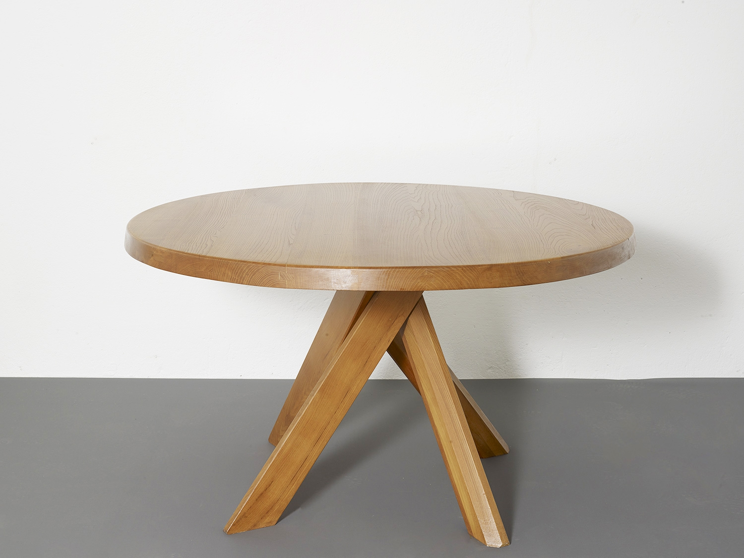 t21c-dining-table-by-pierre-chapo-image-01