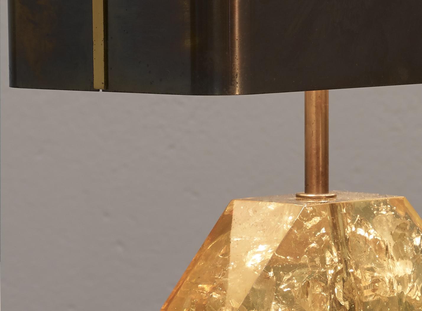 lampe-de-table-octogonale-en-resine-de-maison-charles-1970-image-02