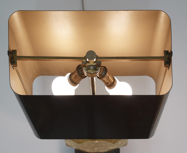 lampe-de-table-octogonale-en-resine-de-maison-charles-1970-image-08