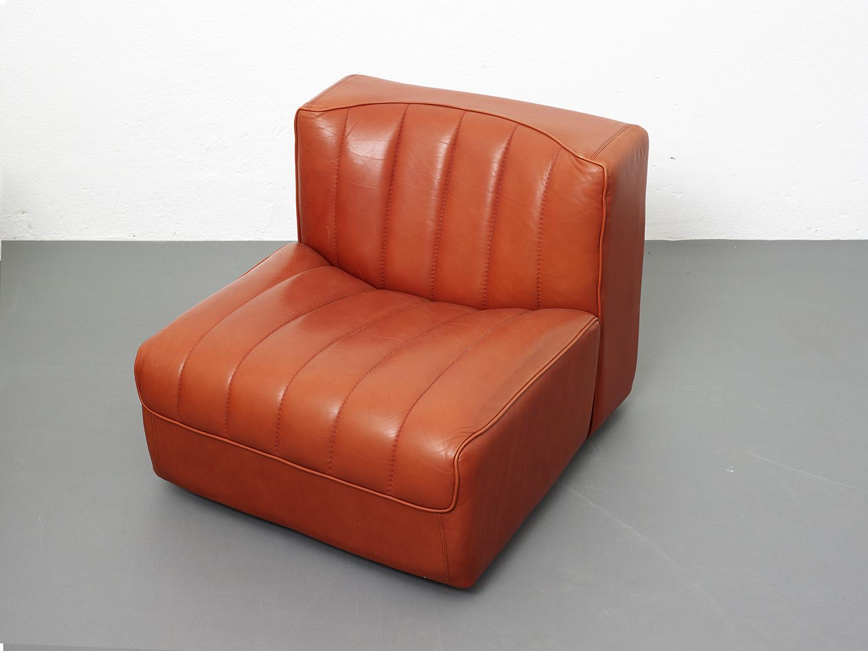 novemila-leather-sofa-by-tito-agnoli-arflex-1969-image-06