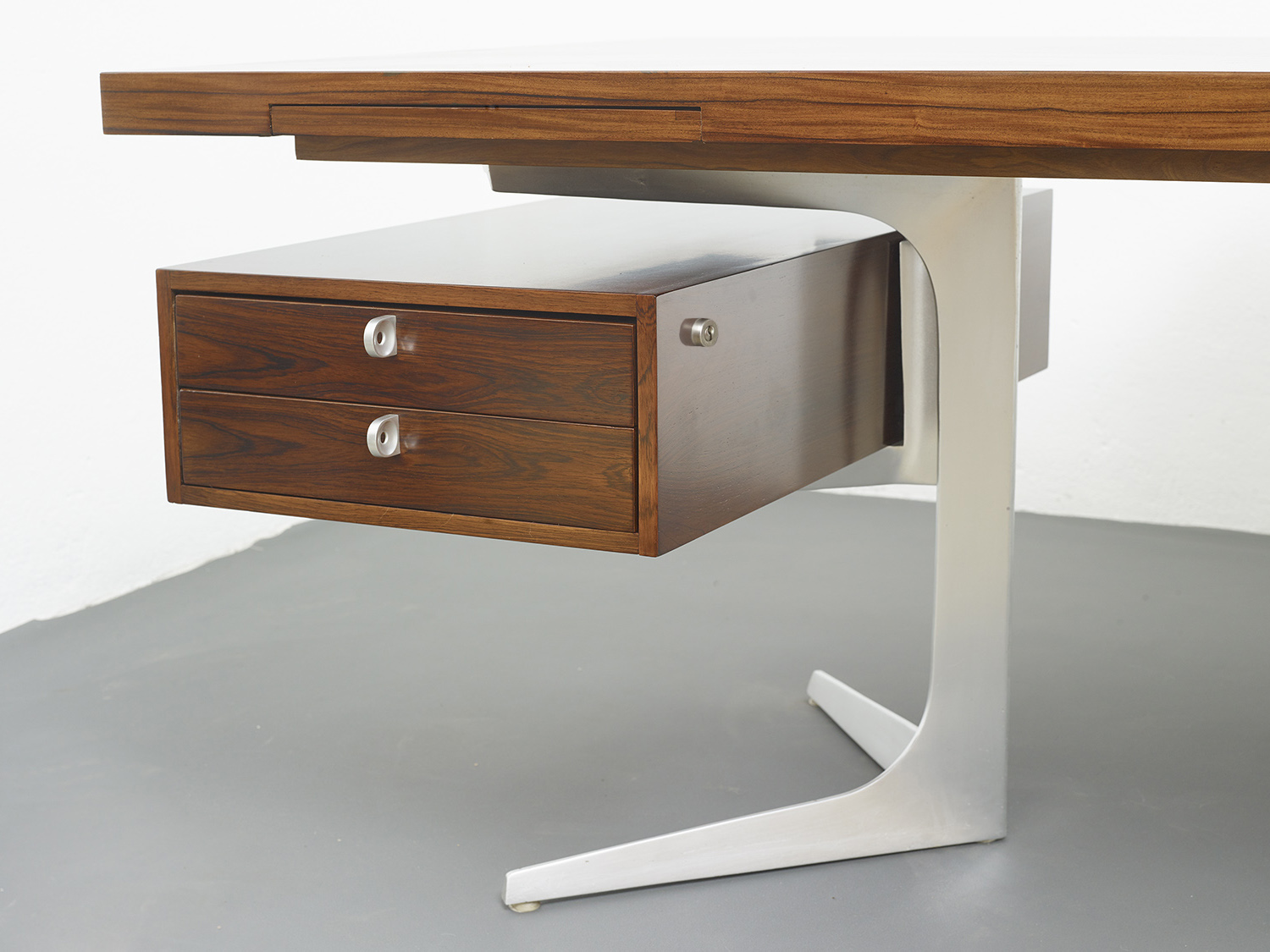 herbert-hirche-executive-rosewood-desk-image-08