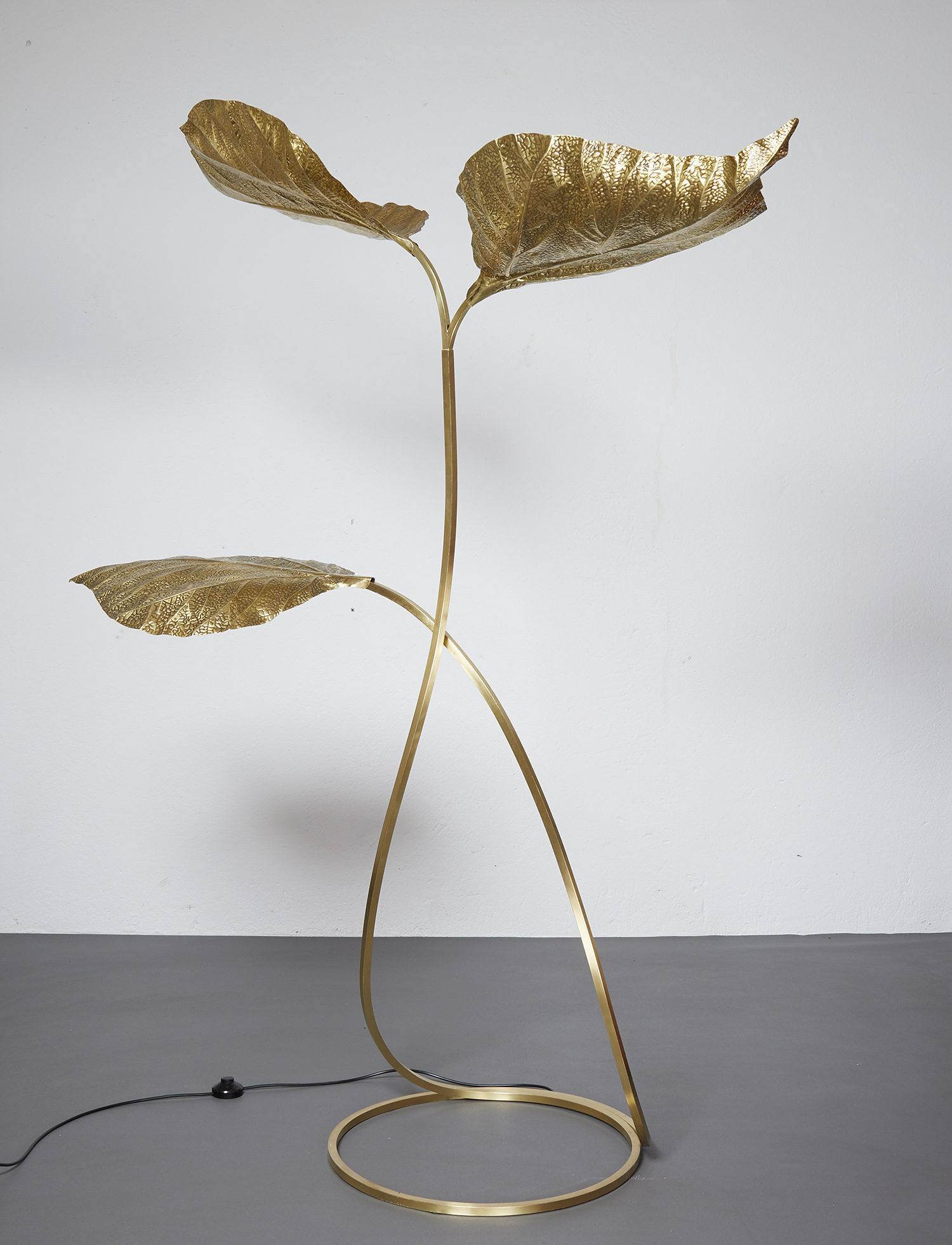 carlo-giorgi-brass-floor-lamp-with-three-leaves-for-bottega-gadda-italy-1970-image-02