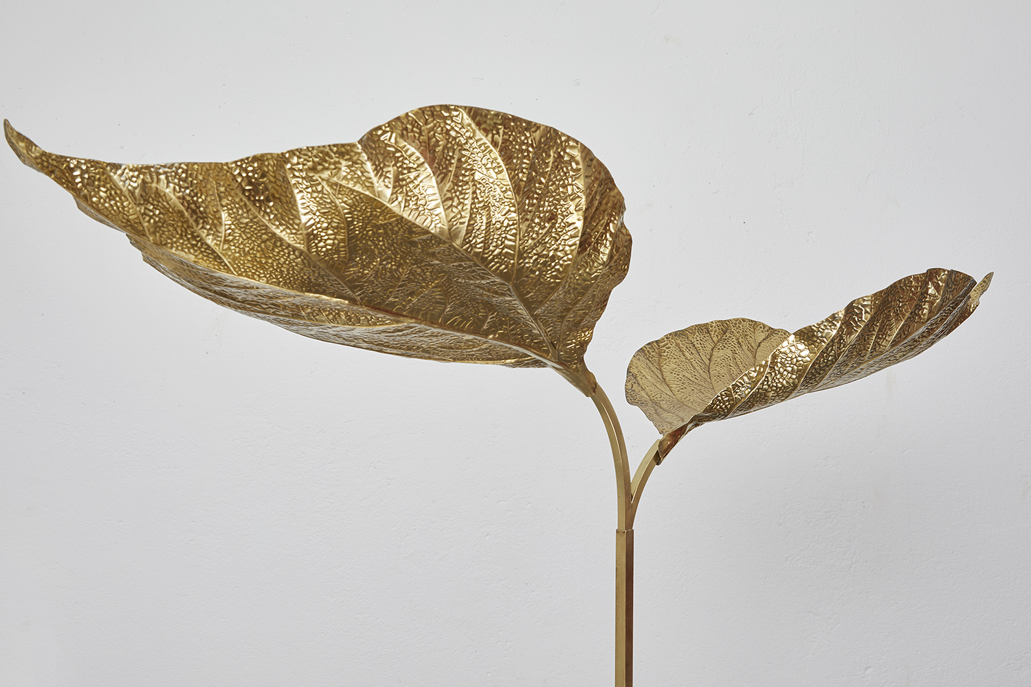 carlo-giorgi-brass-floor-lamp-with-three-leaves-for-bottega-gadda-italy-1970-image-11
