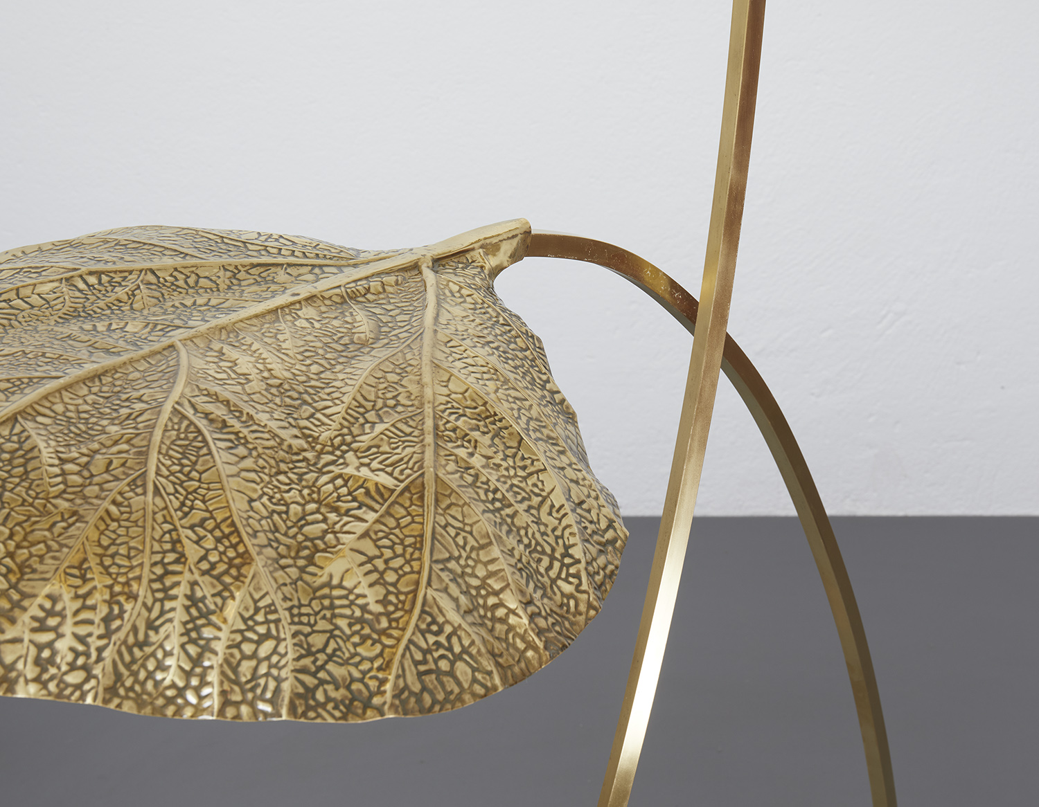 carlo-giorgi-brass-floor-lamp-with-three-leaves-for-bottega-gadda-italy-1970-image-10