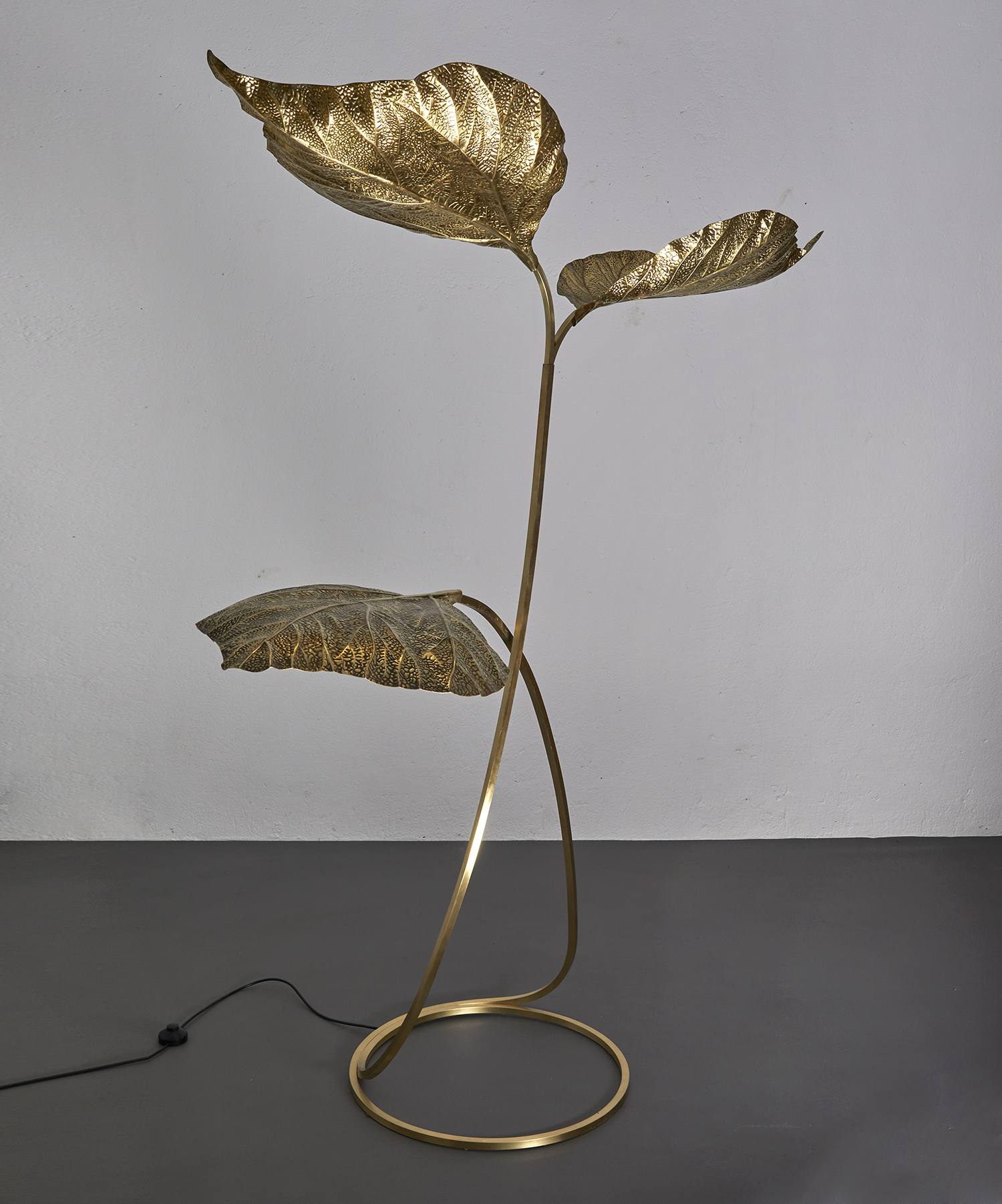 carlo-giorgi-brass-floor-lamp-with-three-leaves-for-bottega-gadda-italy-1970-image-09