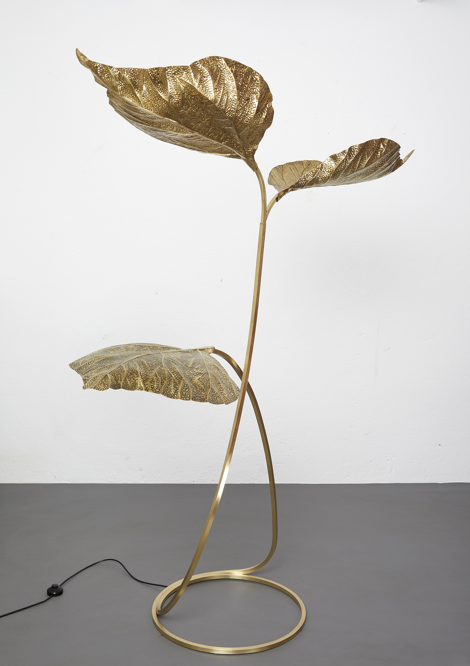 carlo-giorgi-brass-floor-lamp-with-three-leaves-for-bottega-gadda-italy-1970-image-01