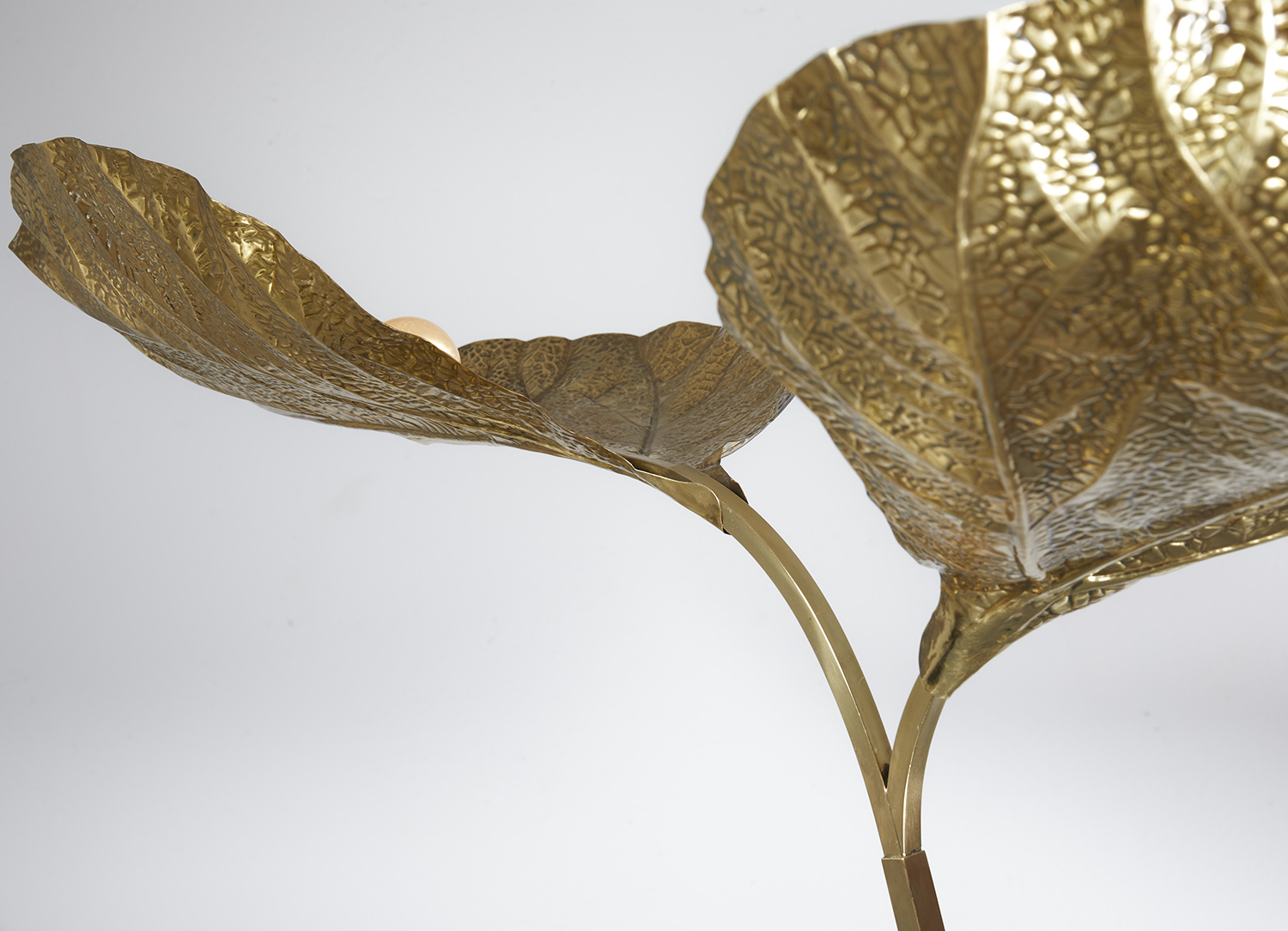 carlo-giorgi-brass-floor-lamp-with-three-leaves-for-bottega-gadda-italy-1970-image-05