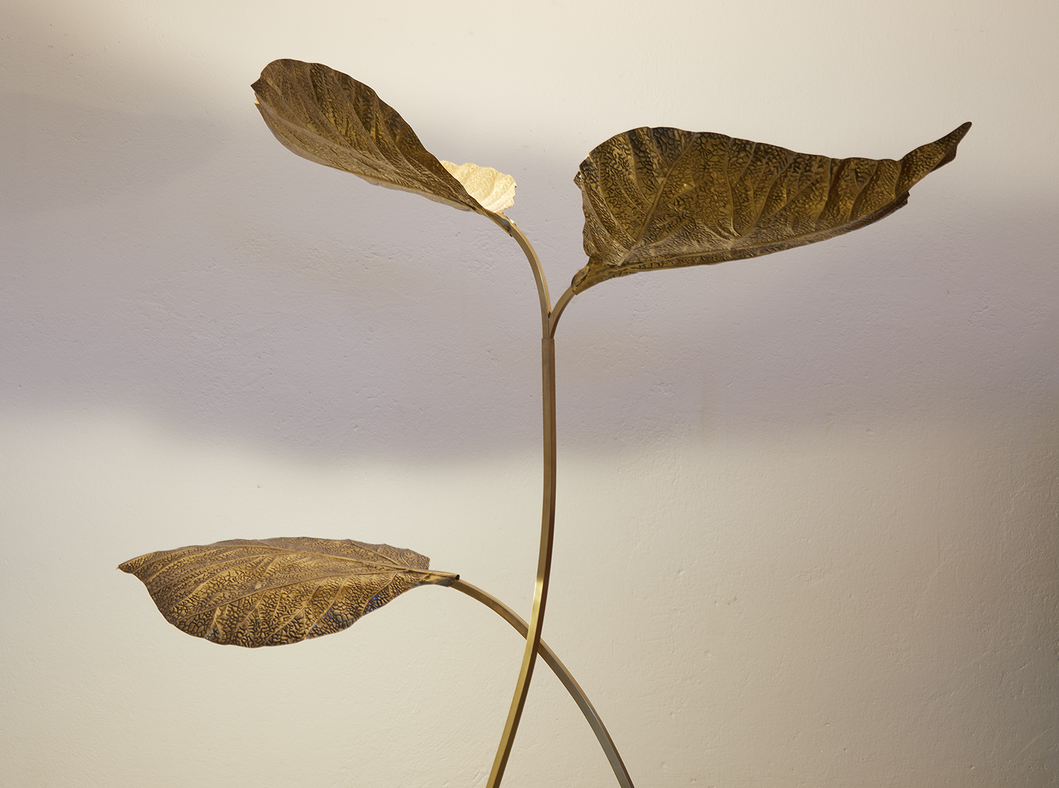 carlo-giorgi-brass-floor-lamp-with-three-leaves-for-bottega-gadda-italy-1970-image-04