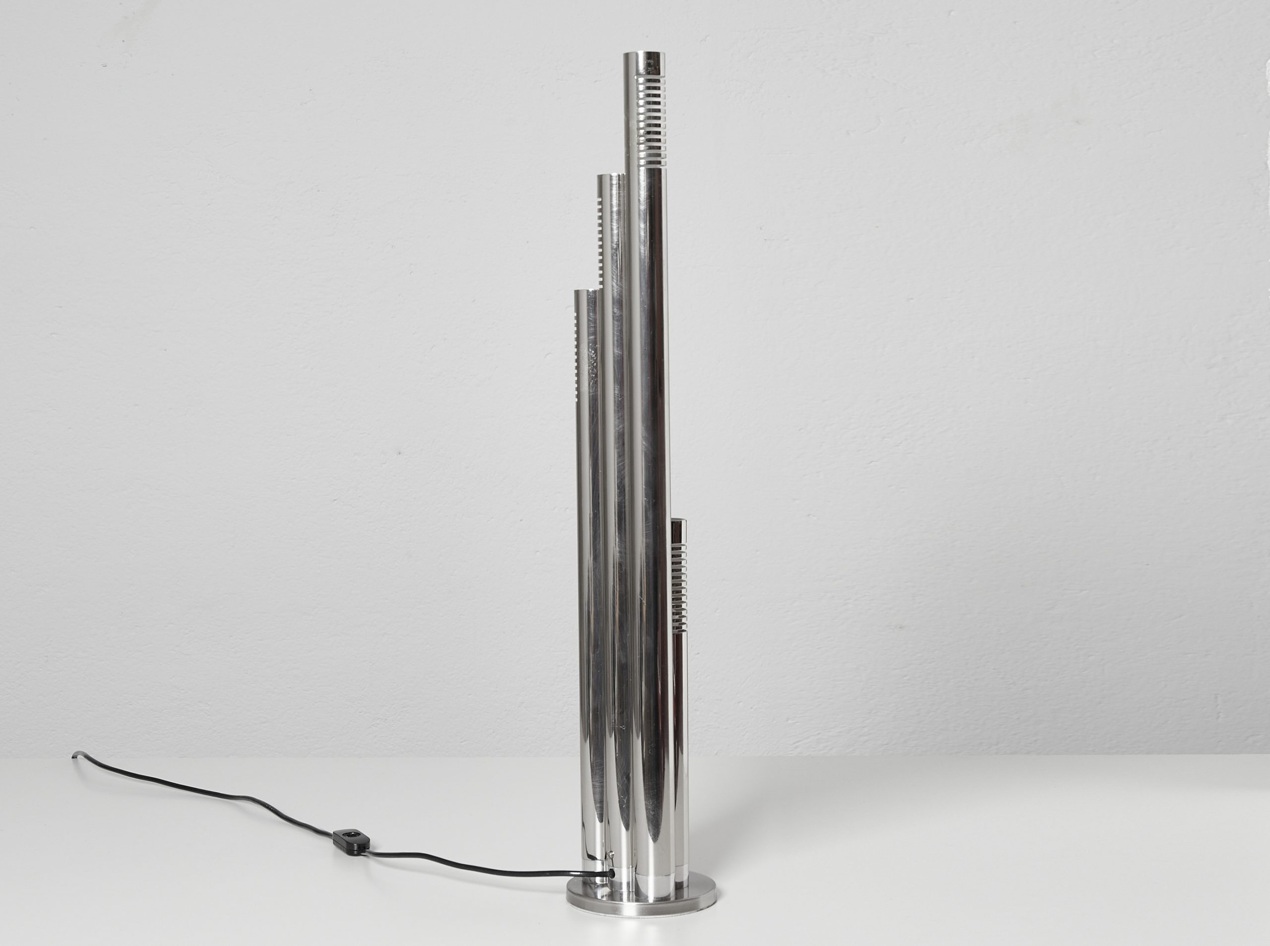 italian-chromed-metal-tubular-table-lamp-c-1970-image-09