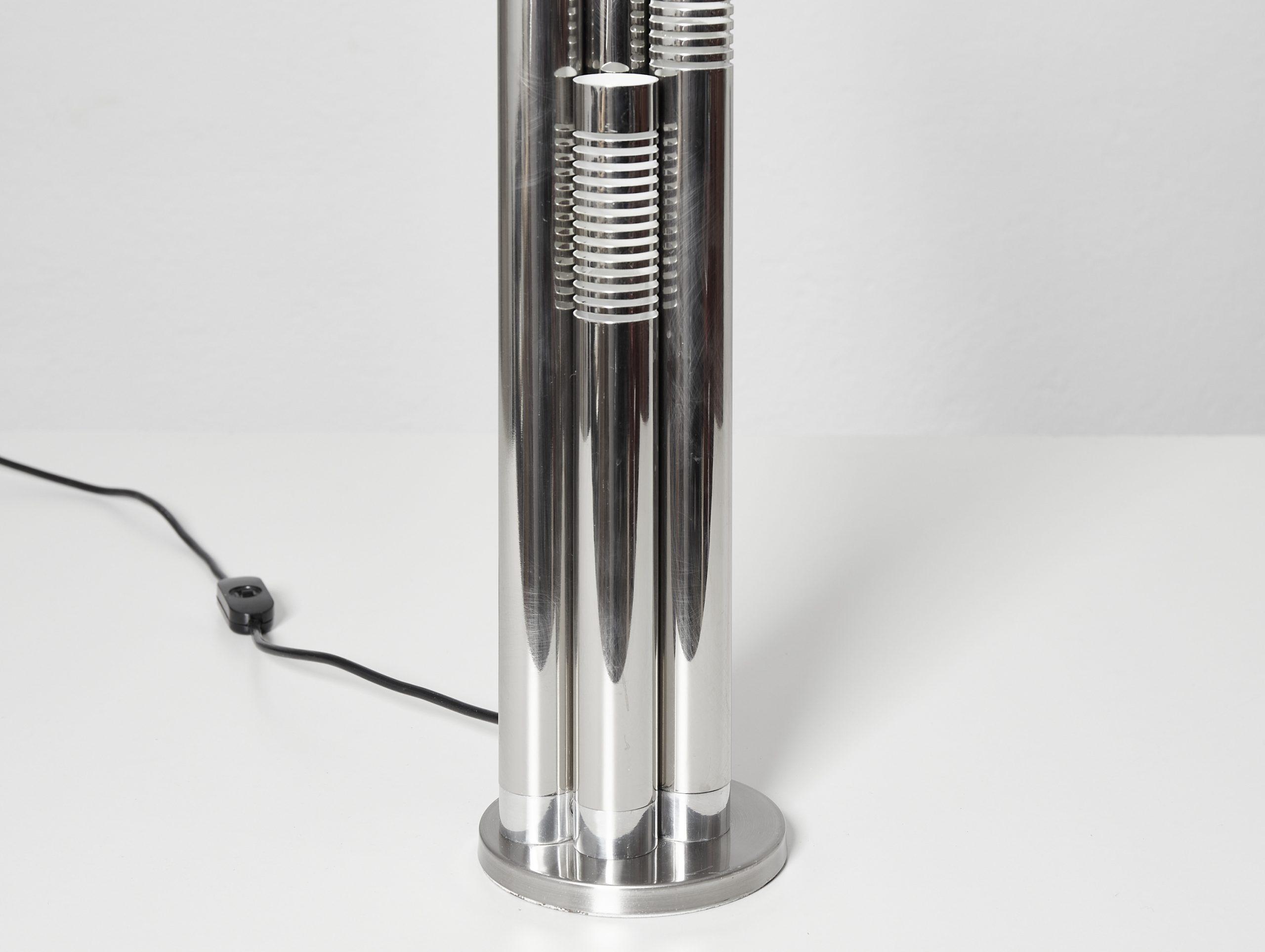 italian-chromed-metal-tubular-table-lamp-c-1970-image-07