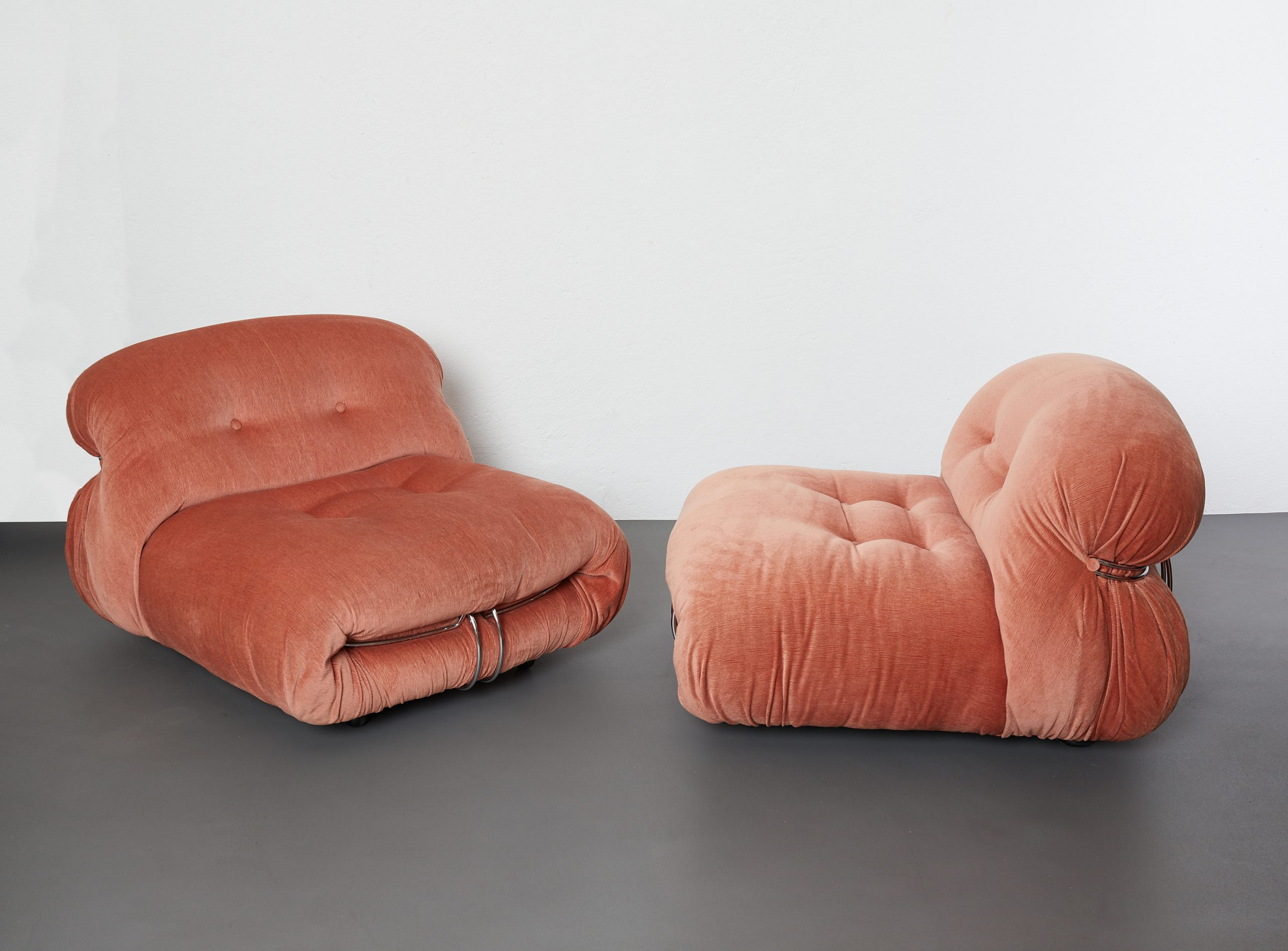 pair-of-soriana-lounge-chairs-by-afra-and-tobia-scarpa-cassina-1970-image-03