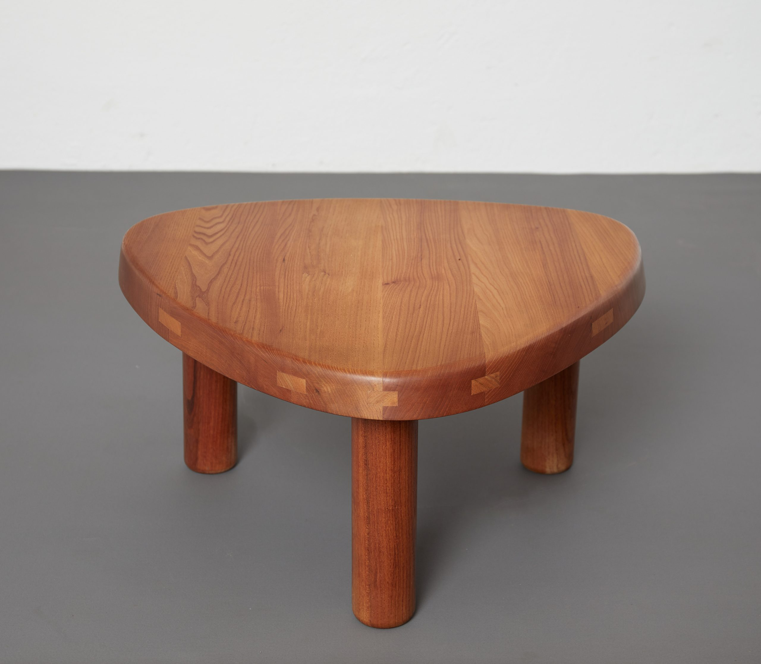 t23-table-by-pierre-chapo-image-09