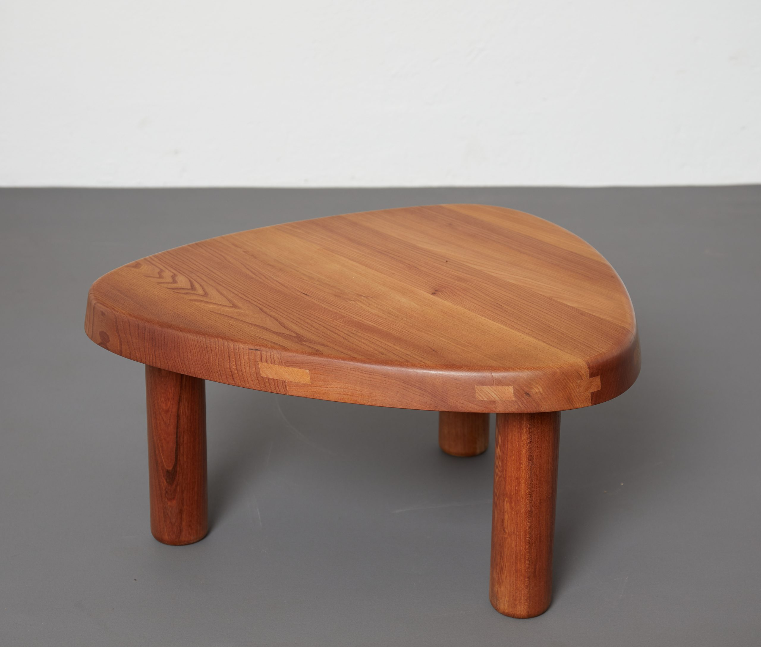 t23-table-by-pierre-chapo-image-08