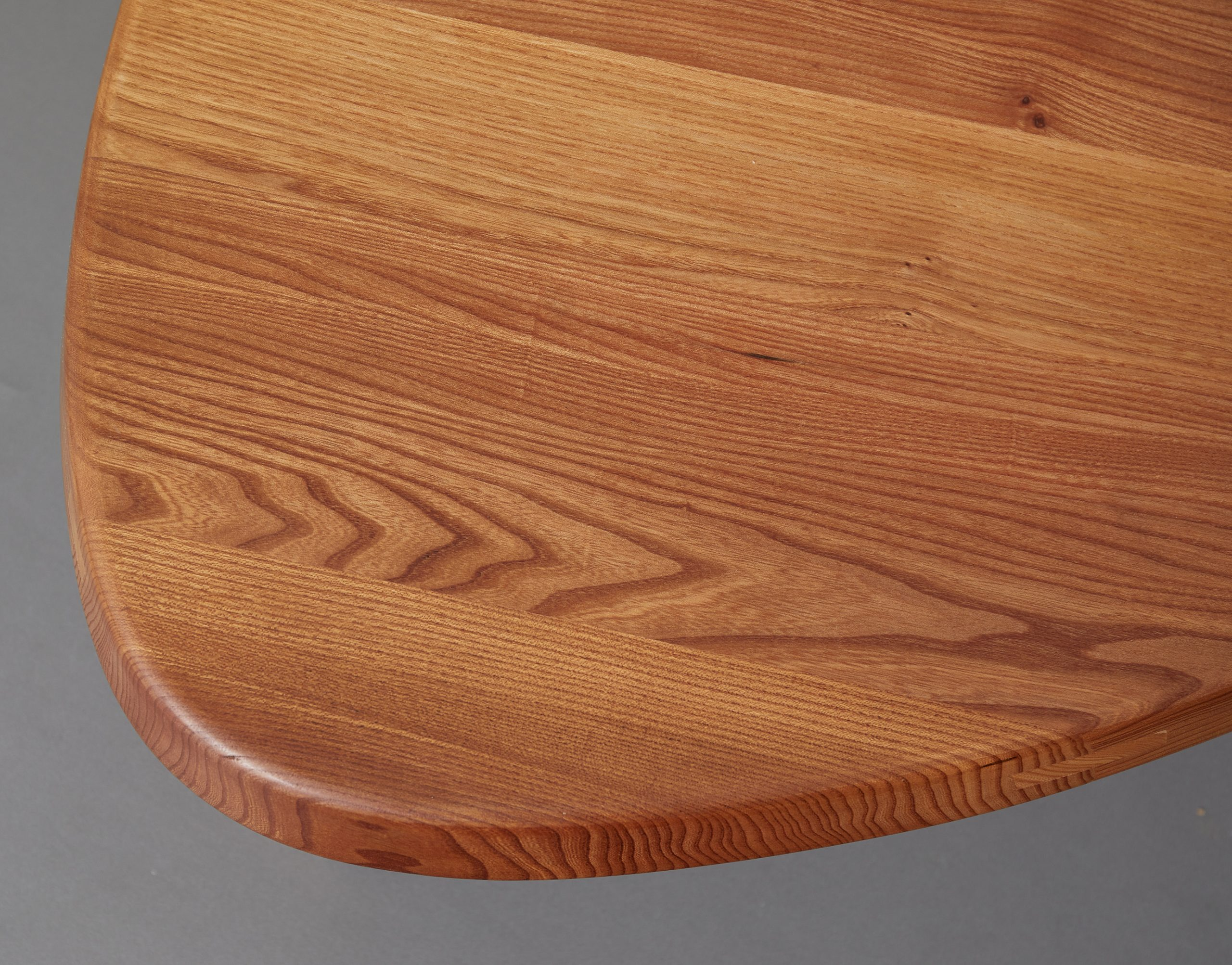 t23-table-by-pierre-chapo-image-02