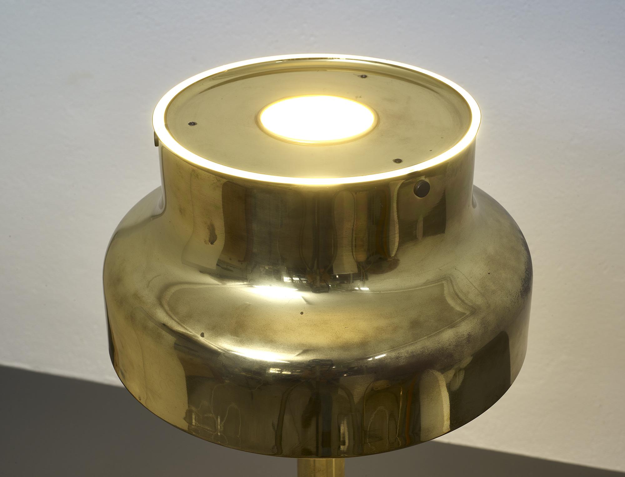 lampe-de-sol-bumling-en-laiton-de-anders-pehrson-1968-image-06