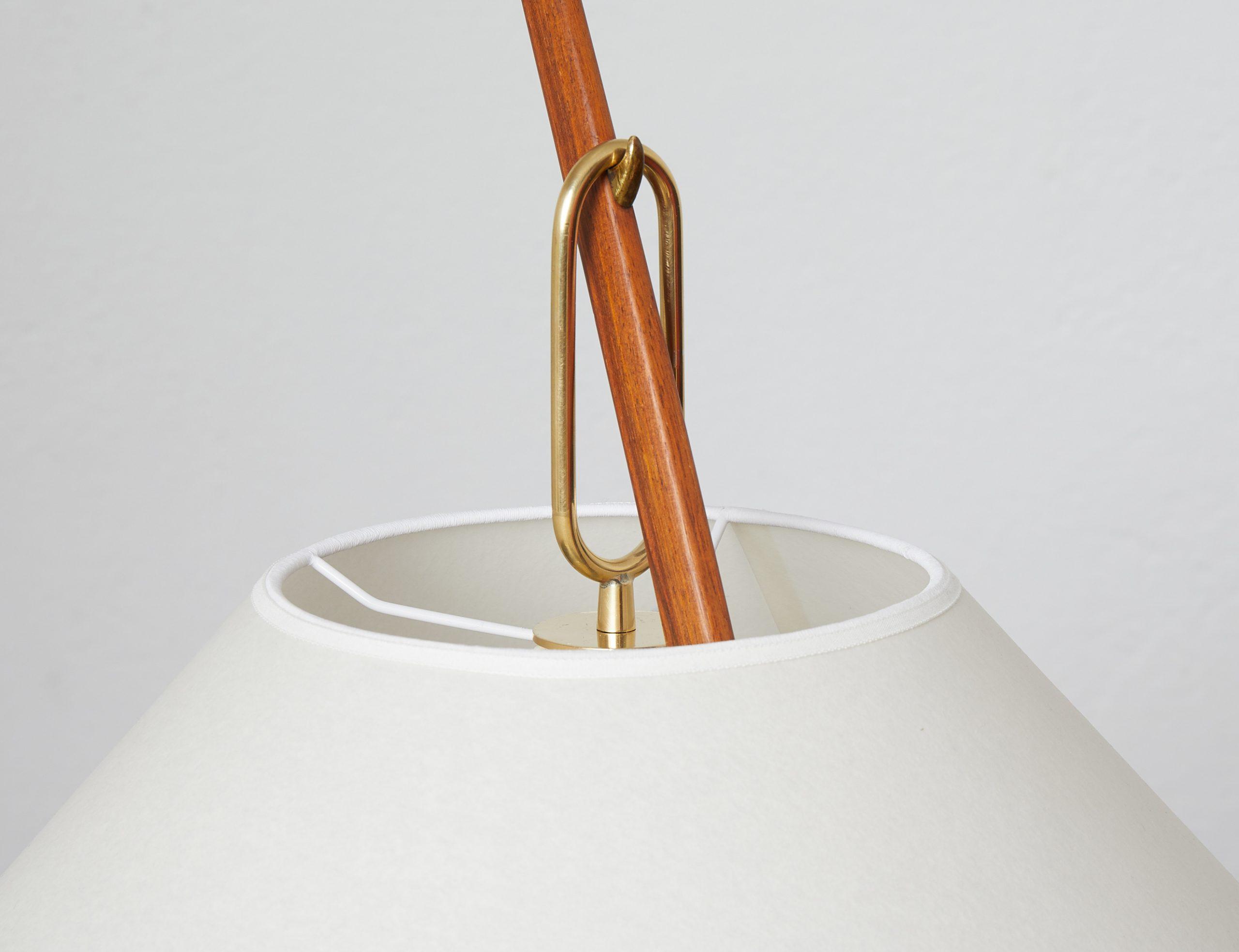 model-2076-ordornstab-floor-lamp-in-teak-and-brass-by-j-t-kalmar-1950-image-06