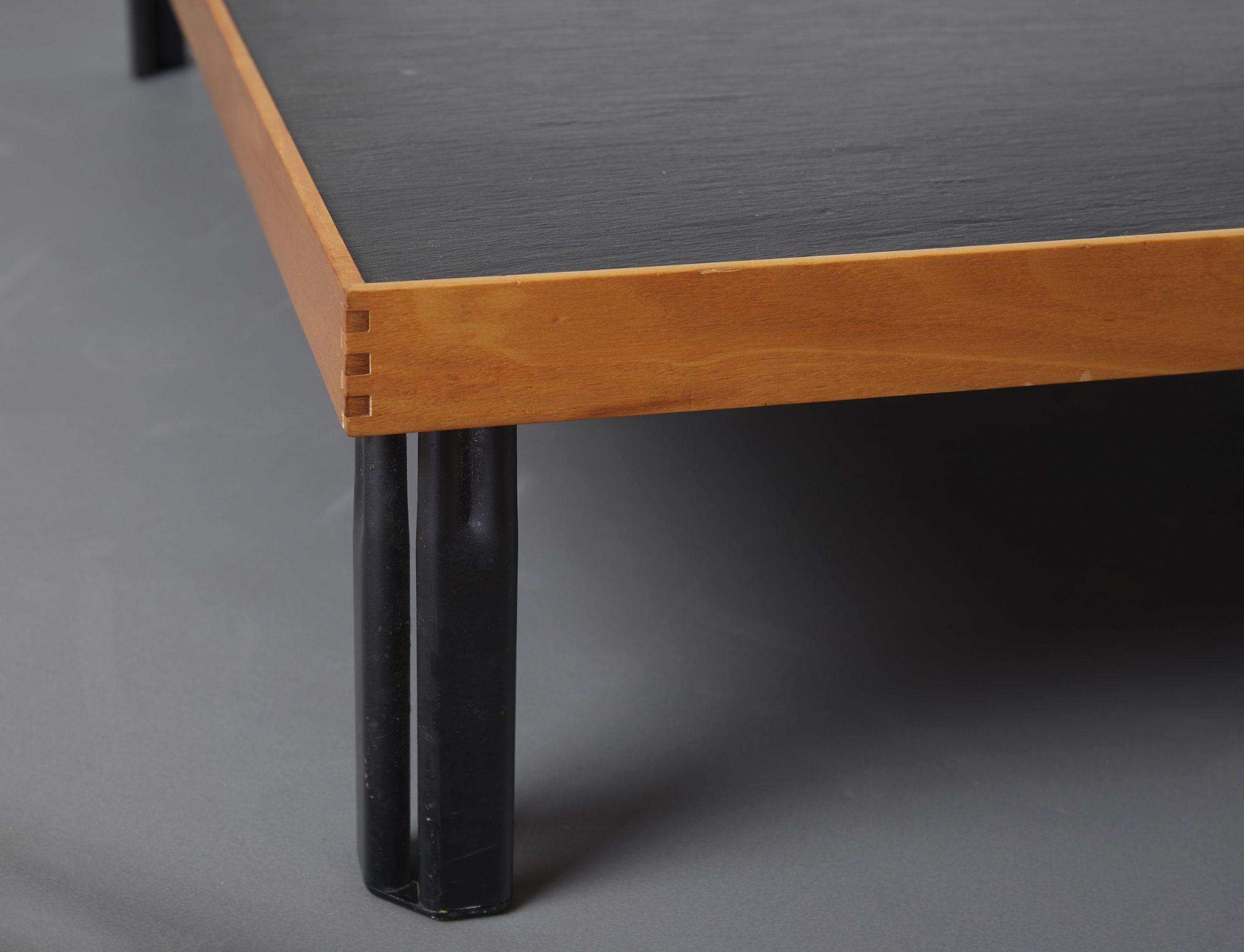 naviglio-coffee-table-by-piero-de-martini-cassina-1980-image-03