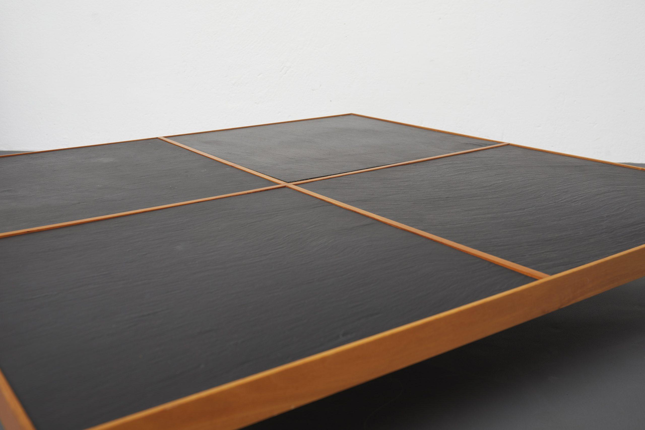 naviglio-coffee-table-by-piero-de-martini-cassina-1980-image-04