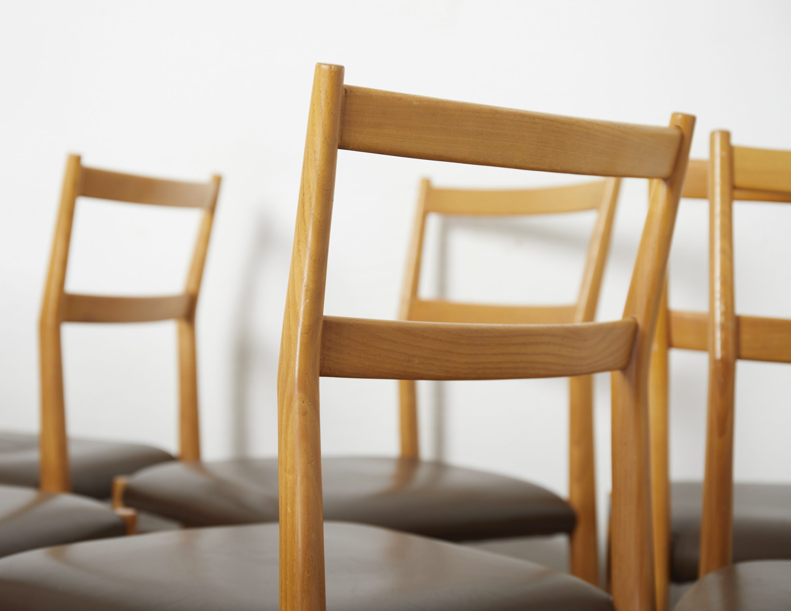 set-of-12-leggera-dining-chairs-by-gio-ponti-by-cassina-image-05