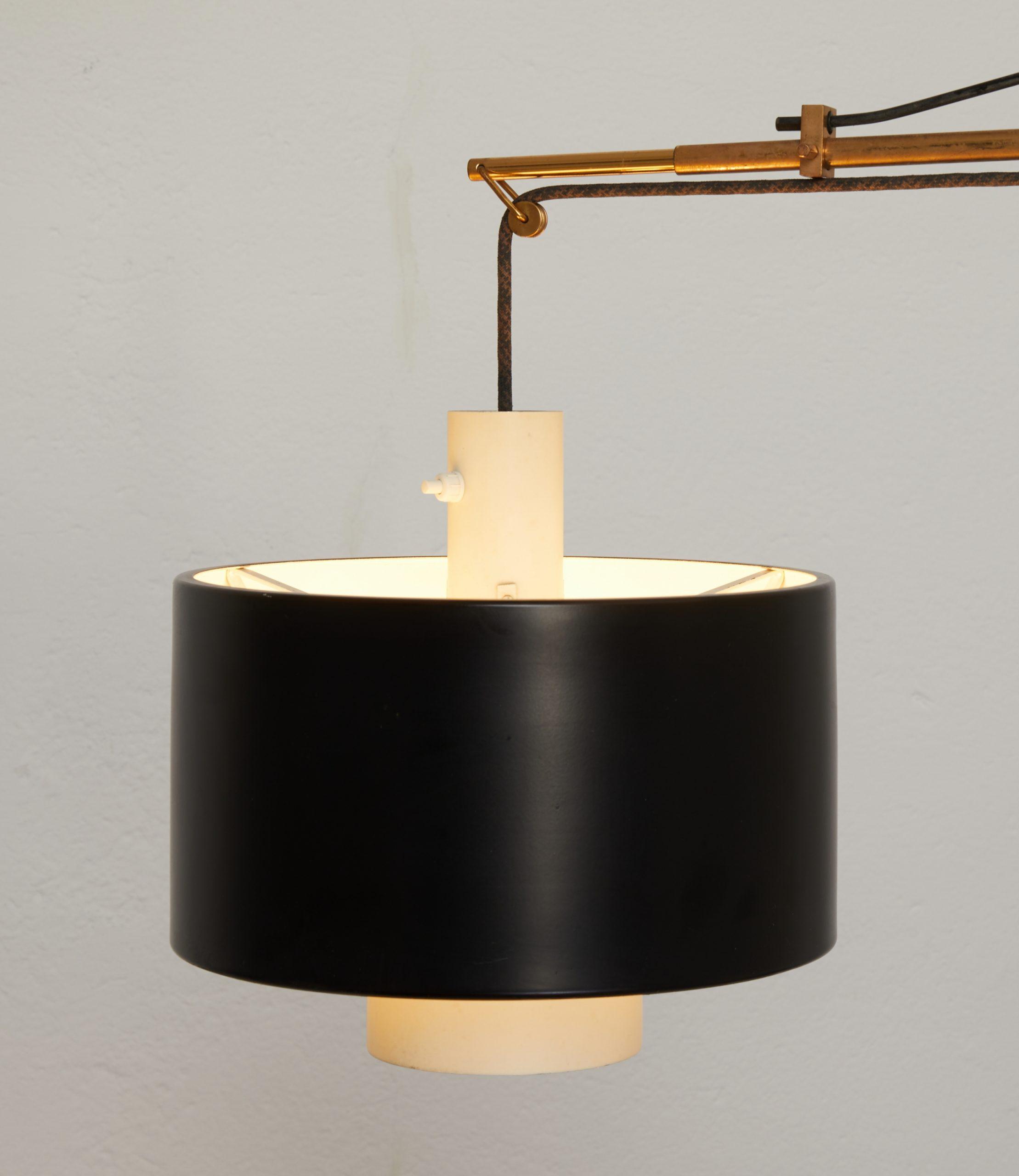 brass-wall-lamp-model-2061-by-gaetano-scolari-for-stilnovo-1954-image-05