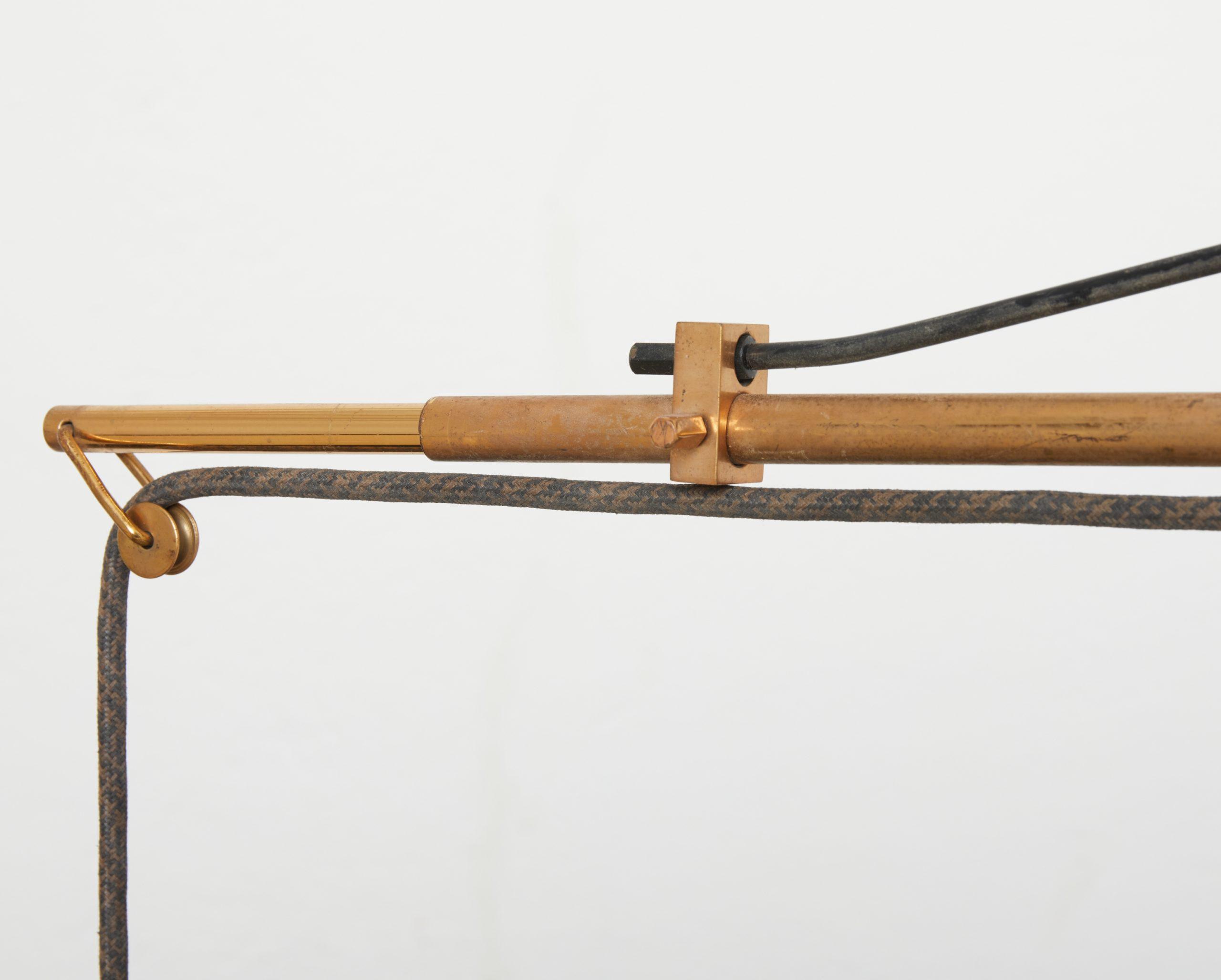 brass-wall-lamp-model-2061-by-gaetano-scolari-for-stilnovo-1954-image-02