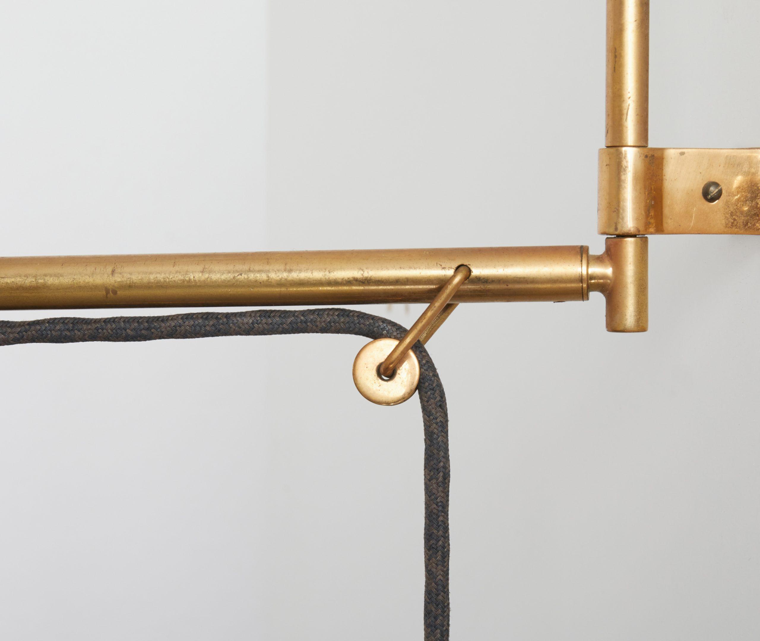 brass-wall-lamp-model-2061-by-gaetano-scolari-for-stilnovo-1954-image-12
